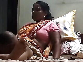 Owner licks Desi maid's pussy old & young indian maid